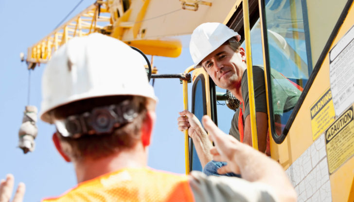 5 Most Common Questions to Ask About Rental Crane Equipment